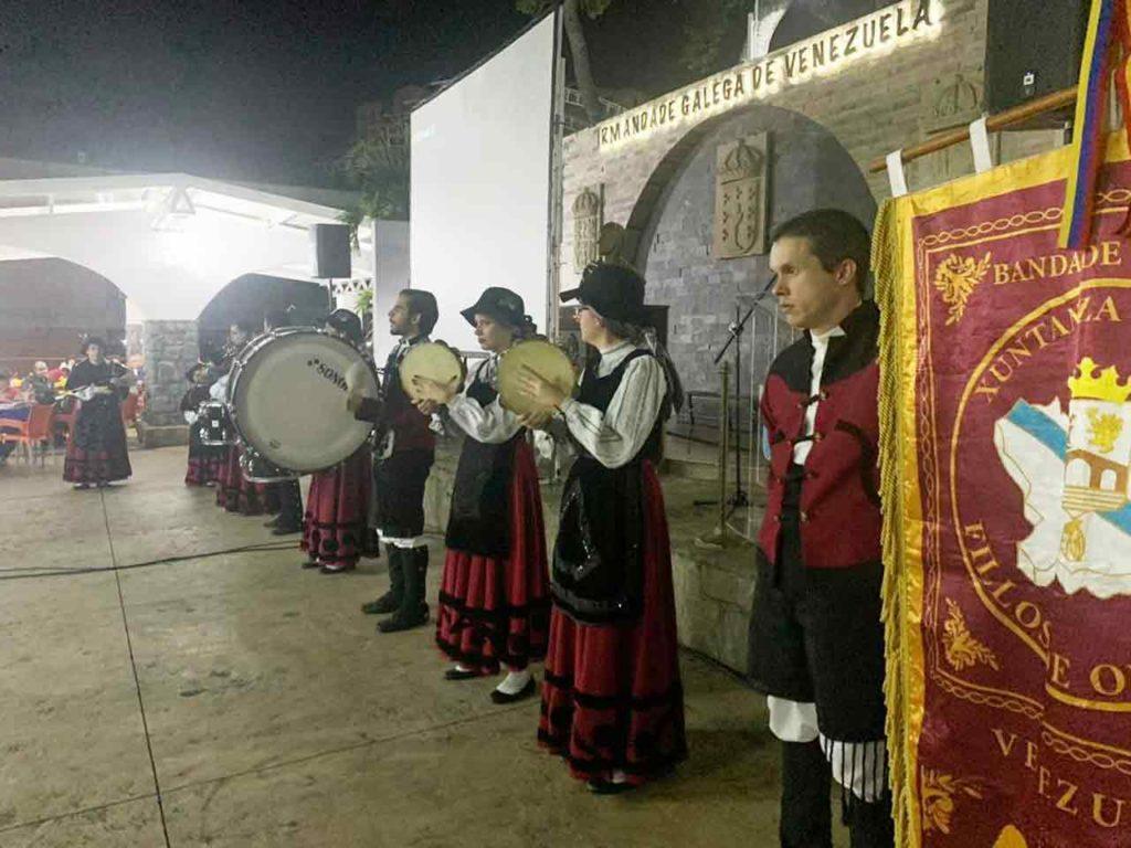 Banda de gaitas Xuntanza Fillos de Ourense.