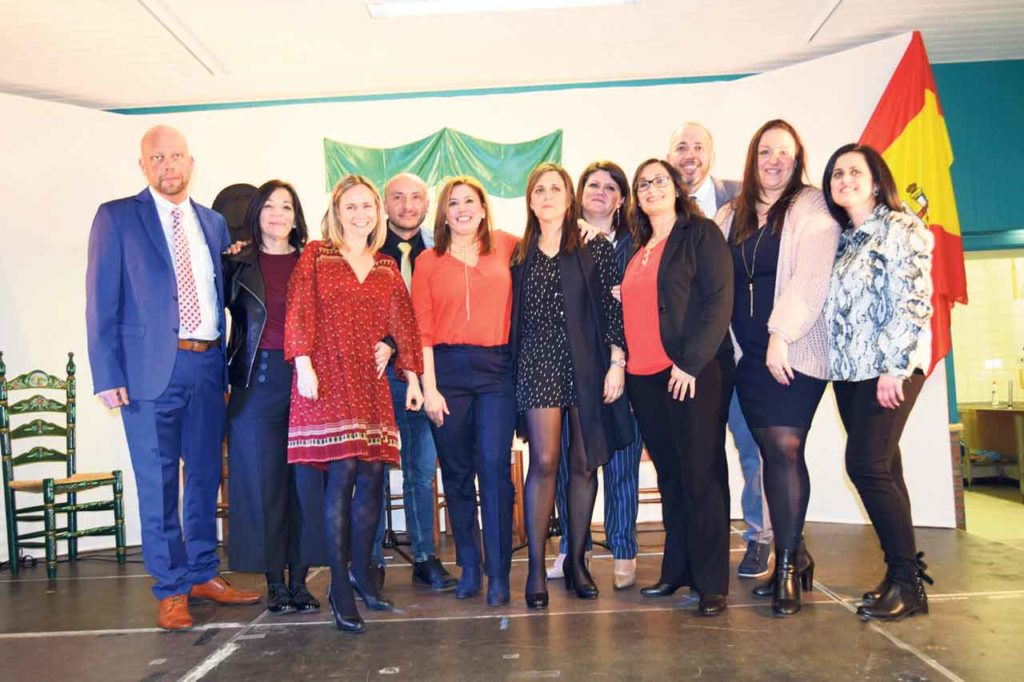 La directiva del Centro Andaluz Peñarroya de Vilvoorde (Bélgica) en el Día de Andalucía del año pasado.