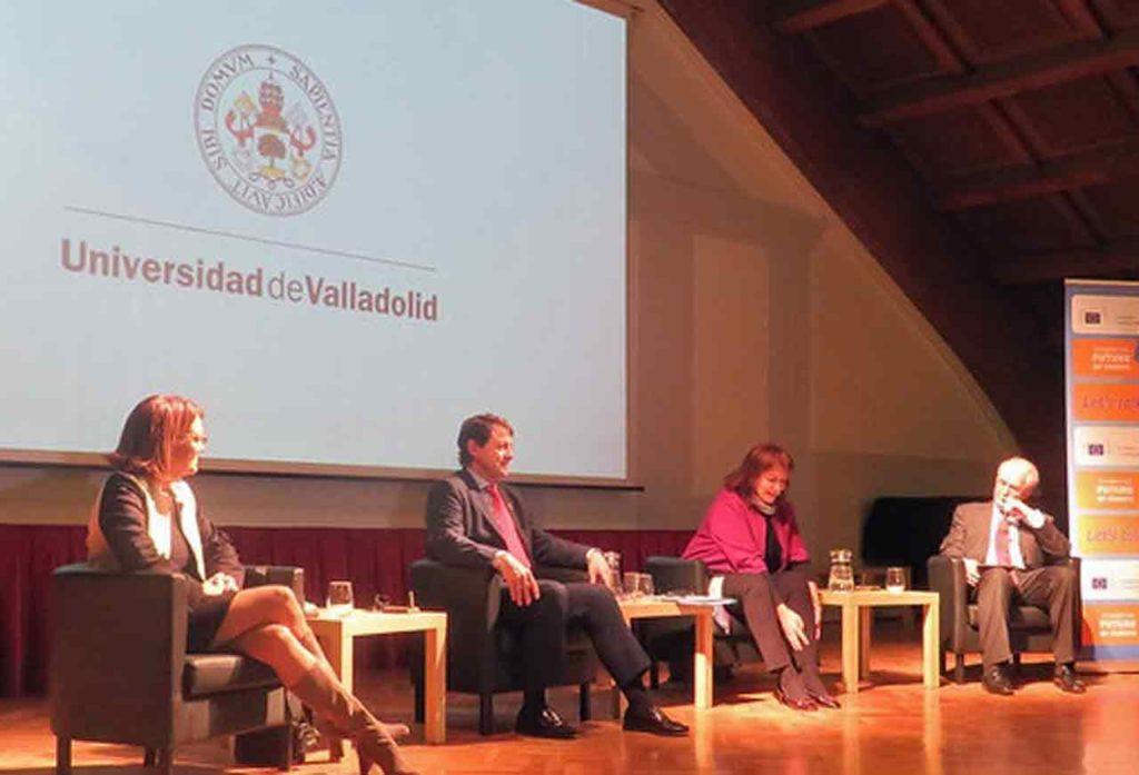 Soraya Rodríguez, Alfonso Fernández Mañueco, Dubravka Suica y el rector de la Universidad de Valladolid, Antonio Largo Cabrerizo.