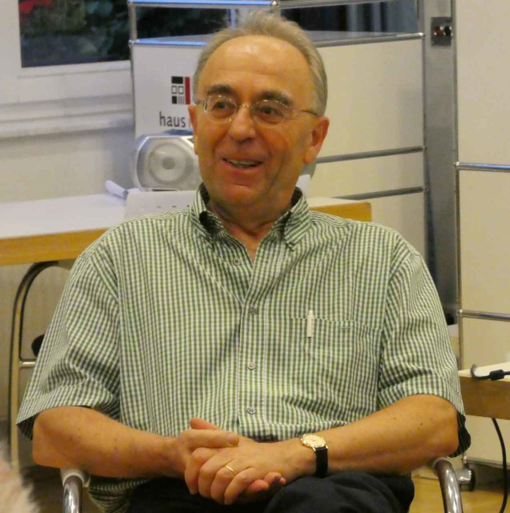 Vicente Riesgo Alonso, , presidente de la Academia Española de Formación (AEF) de Bonn.