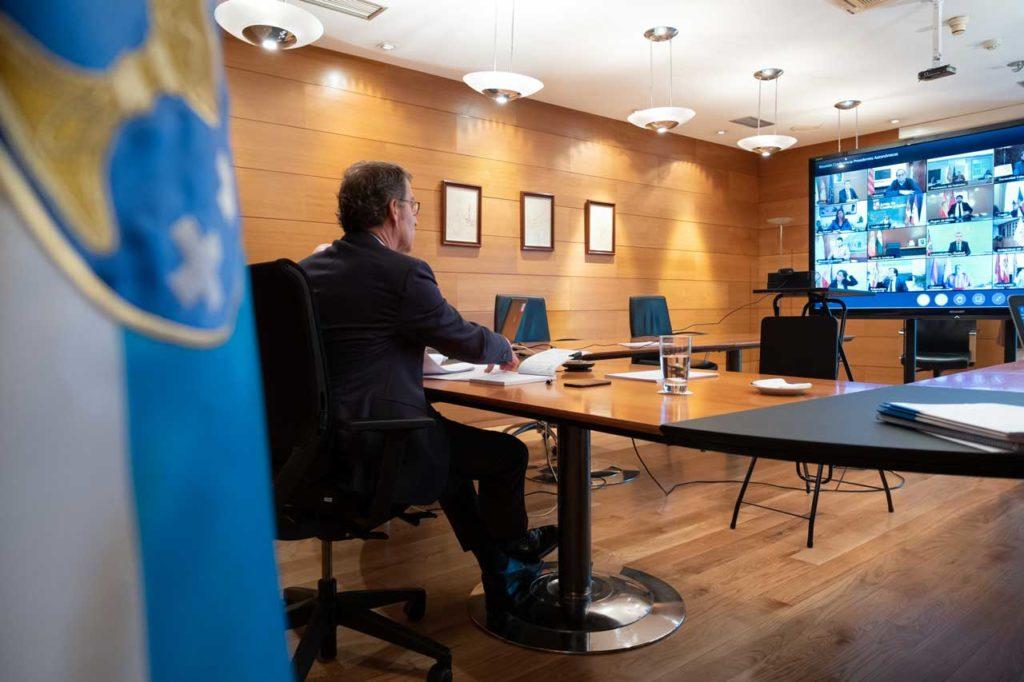 El titular del Gobierno gallego mantuvo una nueva videoconferencia con el presidente del Gobierno central, Pedro Sánchez, y los otros presidentes autonómicos.