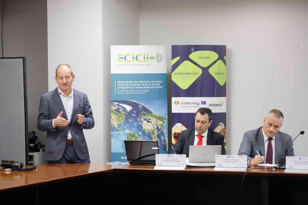 El director del Igape, Juan Cividanes, informó en Vigo sobre el nuevo programa Cheque Brexit.