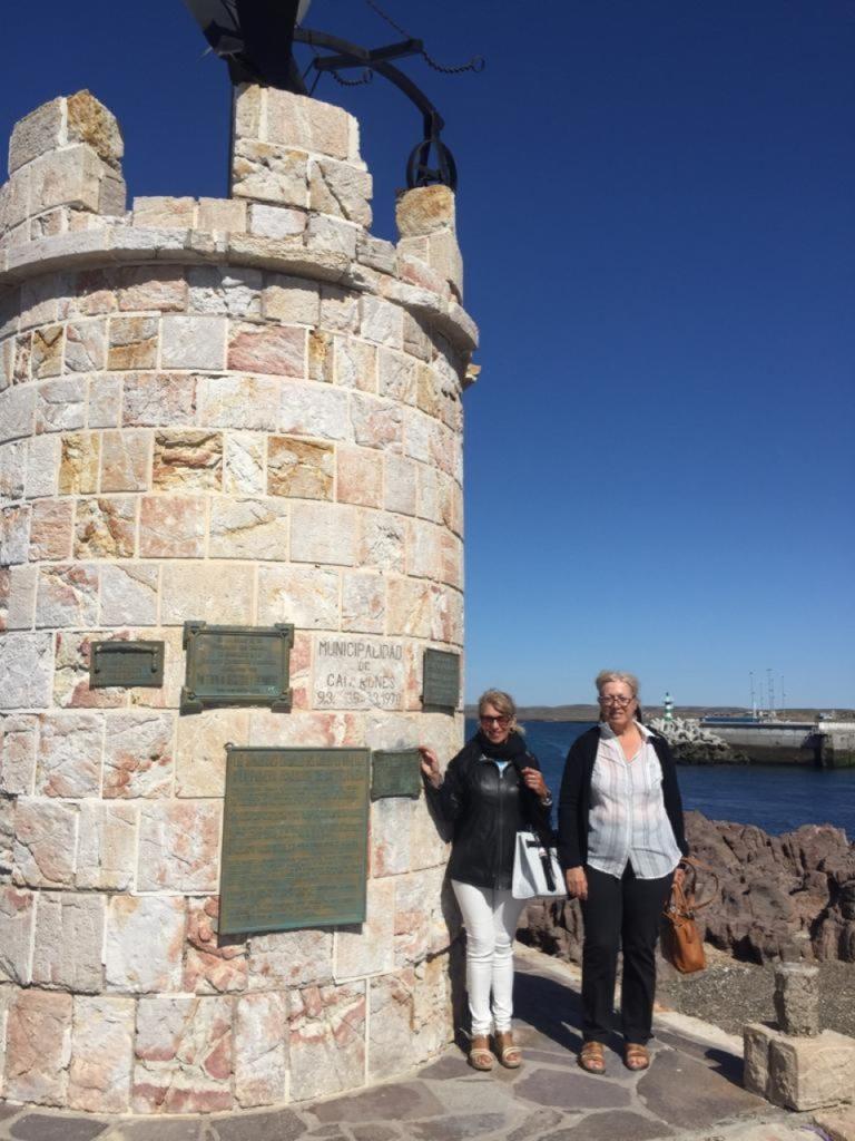 Las vicecónsules honorarias de España en Puerto Madryn y en Trelew, Laura Estevan y María Elena García Arnau.