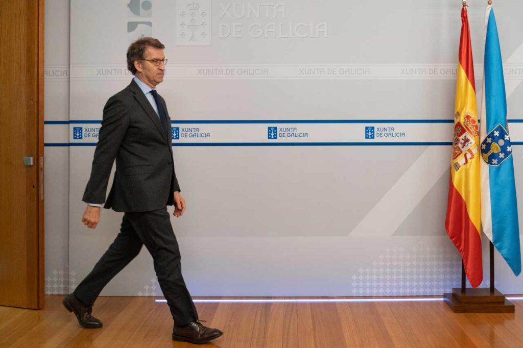 El presidente de la Xunta a su llegada a la rueda de prensa posterior al Consello.