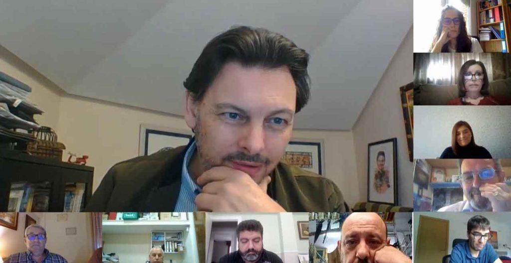 El secretario da Emigración charló con los directivos de las entidades gallegas en el País Vasco.