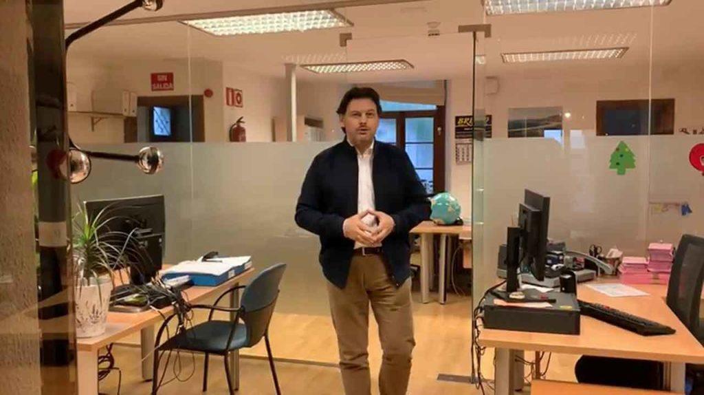 Antonio Rodríguez Miranda en la sede de la Secretaría Xeral da Emigración.