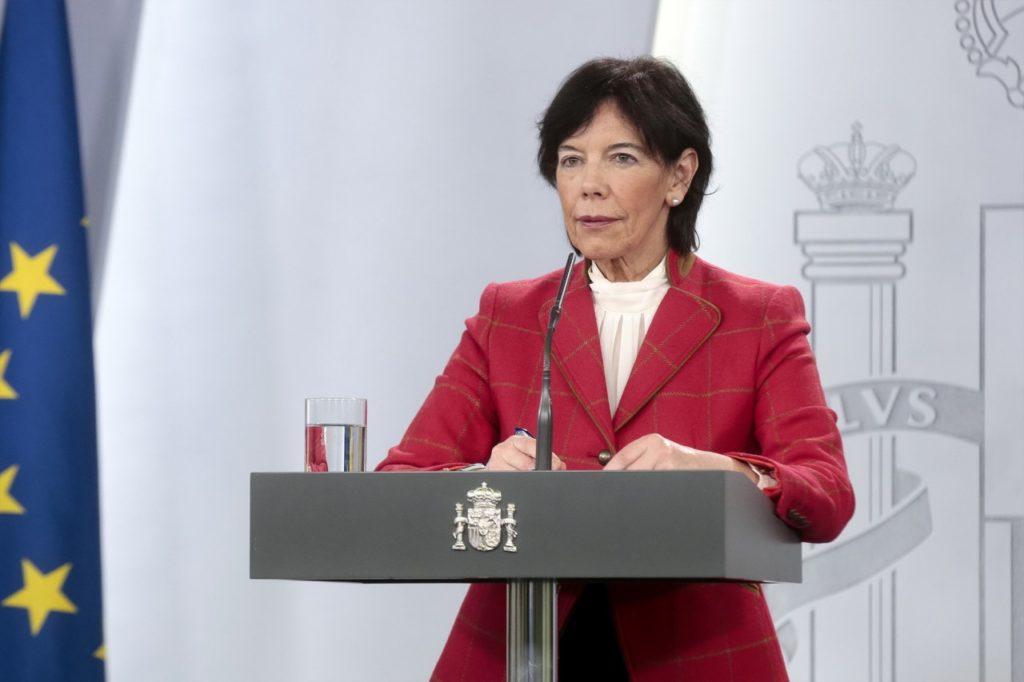Isabel Celaá durante la rueda de prensa telemática posterior a la reunión con las comunidades autónomas.
