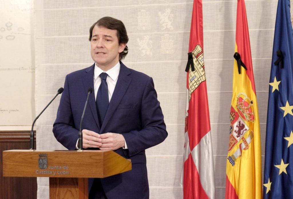Alfonso Fernández Mañueco durante la declaración institucional por el Día de Castilla y León.