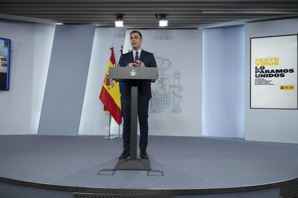 Pedro Sánchez en la comparecencia telemática en la que anunció la relajación del confinamiento a partir del 2 de mayo.