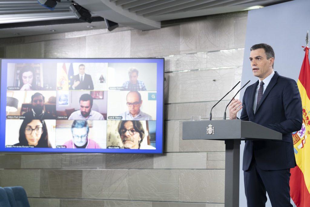 Pedro Sánchez durante la rueda de prensa telemática en la que anunció la tercera prórroga del estado de alarma.