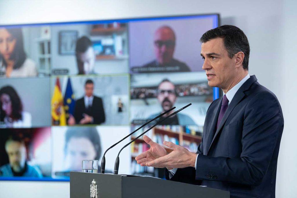 El presidente del Gobierno de España, Pedro Sánchez, durante la rueda de prensa telemática en la que explicó sus planes.