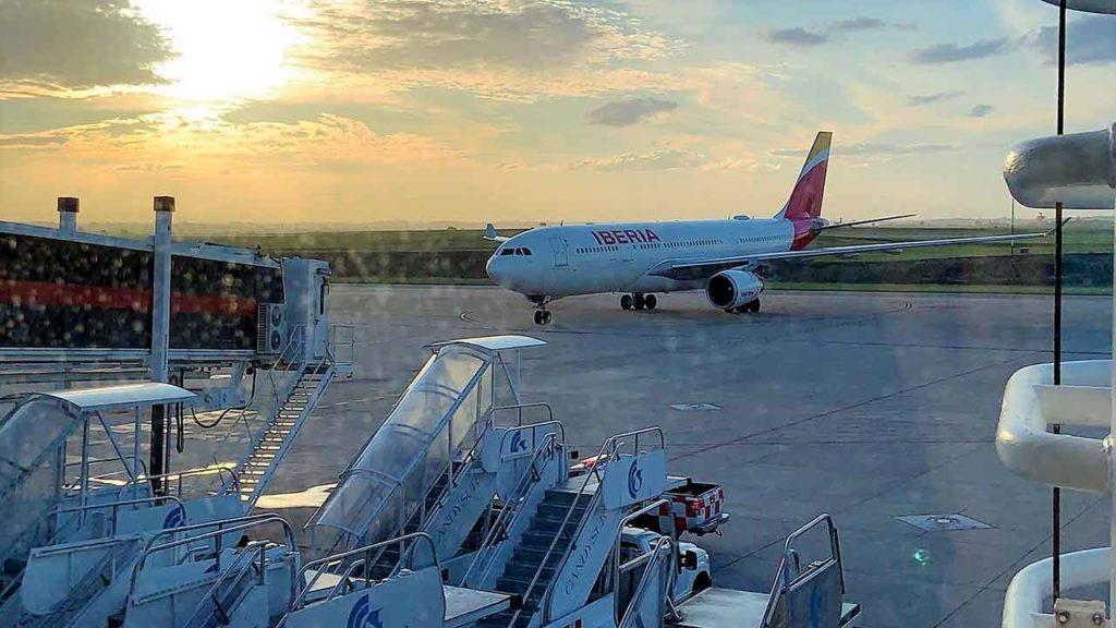 El último vuelo de Iberia que repatrio españoles desde Montevideo fue el 28 de marzo.