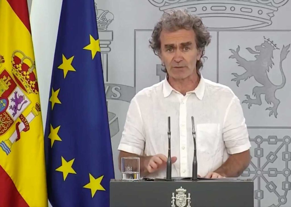 El director del Centro de Alertas y Emergencias Sanitarias, Fernando Simón, durante la rueda de prensa.