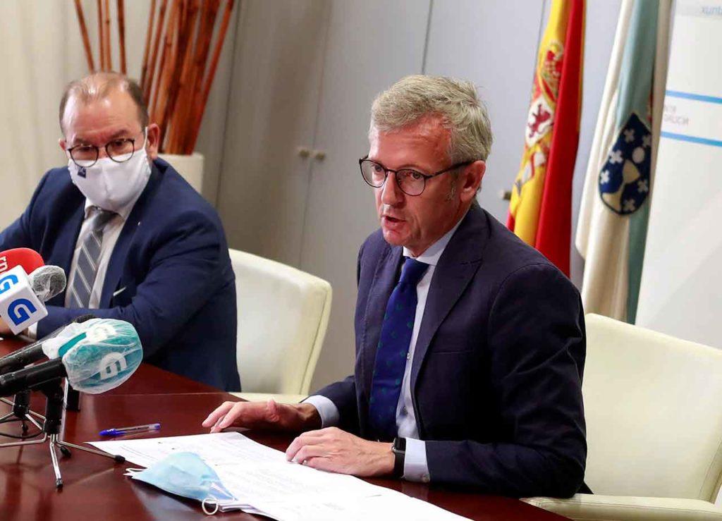 Alfonso Rueda en el momento de realizar las declaraciones.