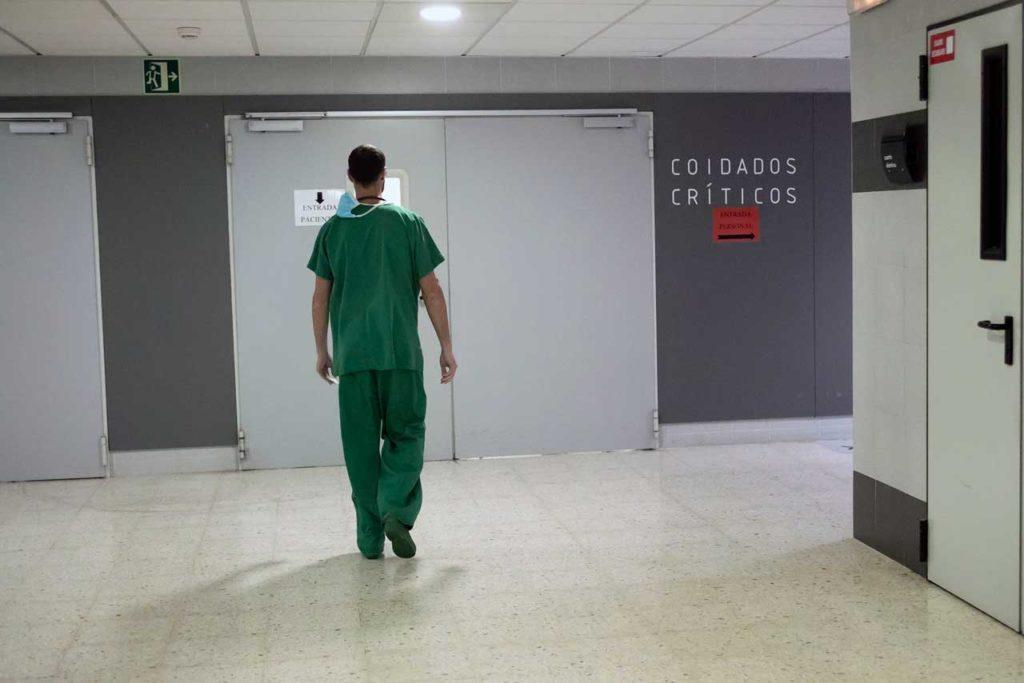 Con esta distinción se traslada el reconocimiento del pueblo gallego al colectivo sanitario.
