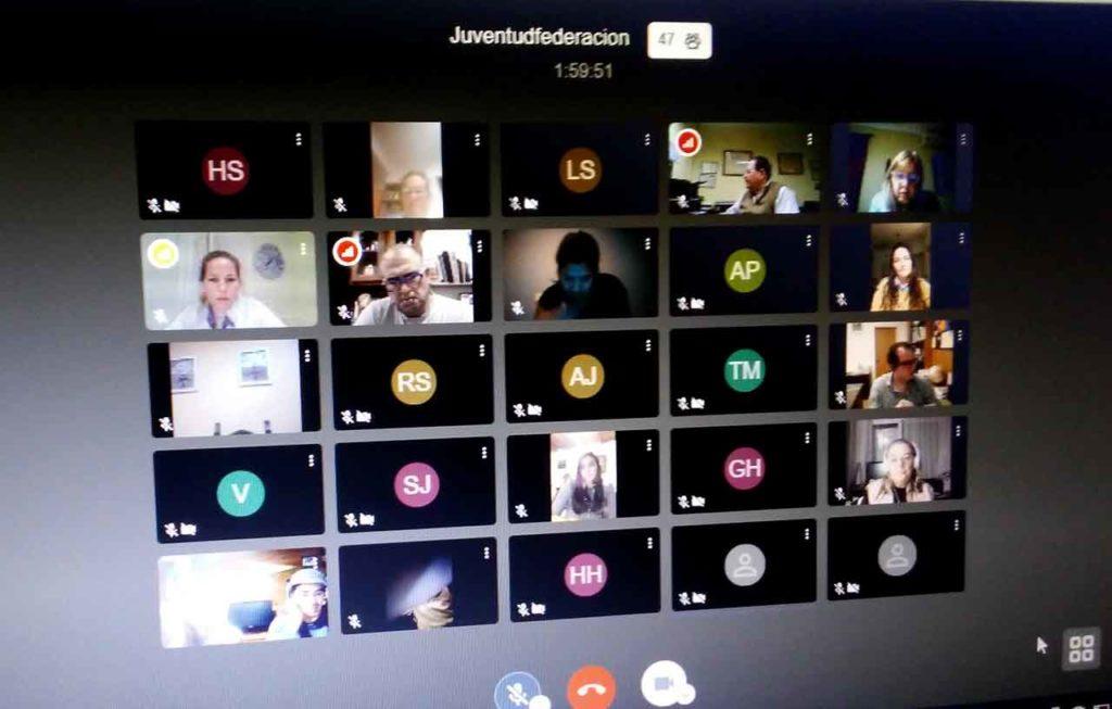 Un momento del encuentro virtual de jóvenes.