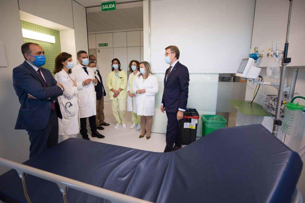 Núñez Feijóo visitó las nuevas instalaciones de urgencias del Hospital de Barbanza.