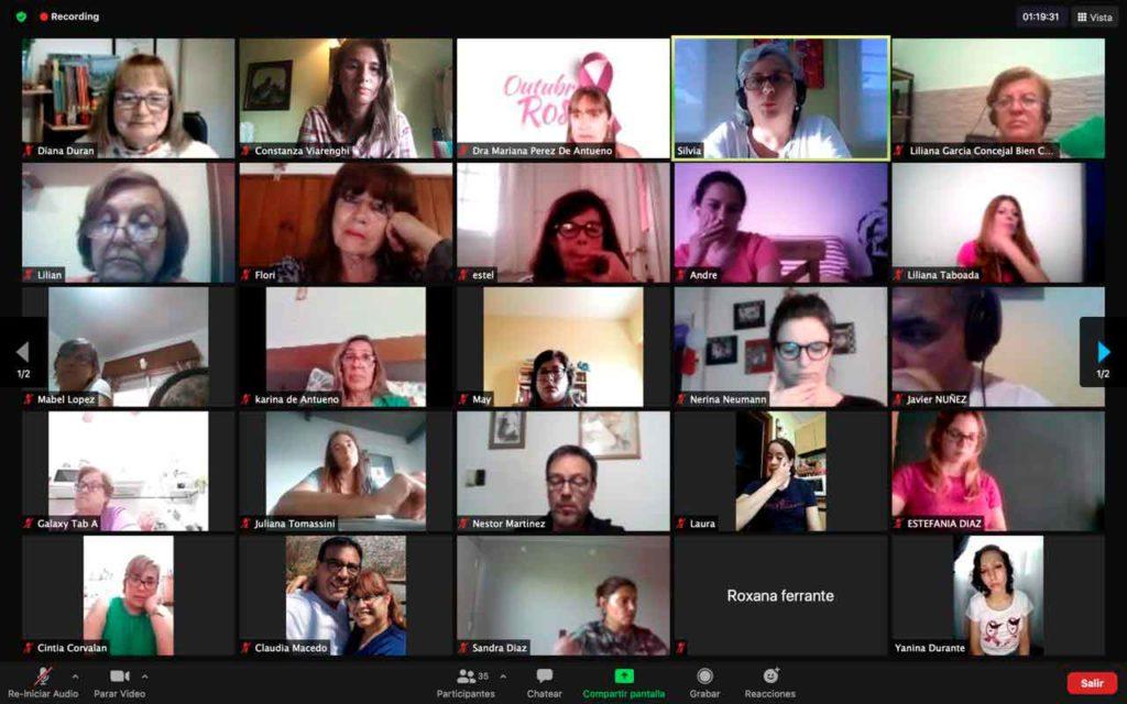 Participantes en la charla.