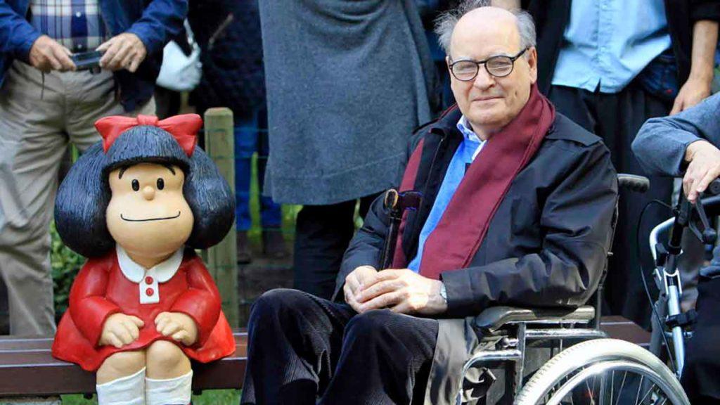 Mafalda y su creador Quino.