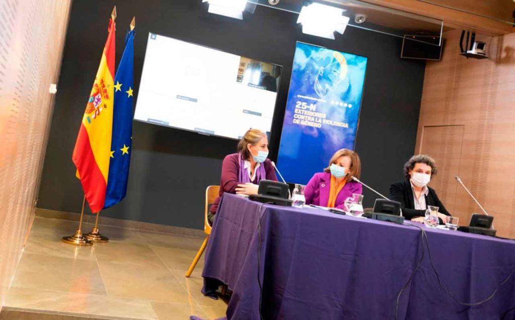 Celsa Nuño, Cristina Gallach y Rebeca Palomo.
