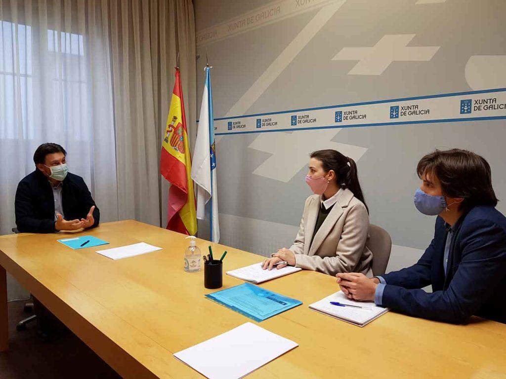 Rodríguez Miranda con Belén Casal y Juan Montoro.