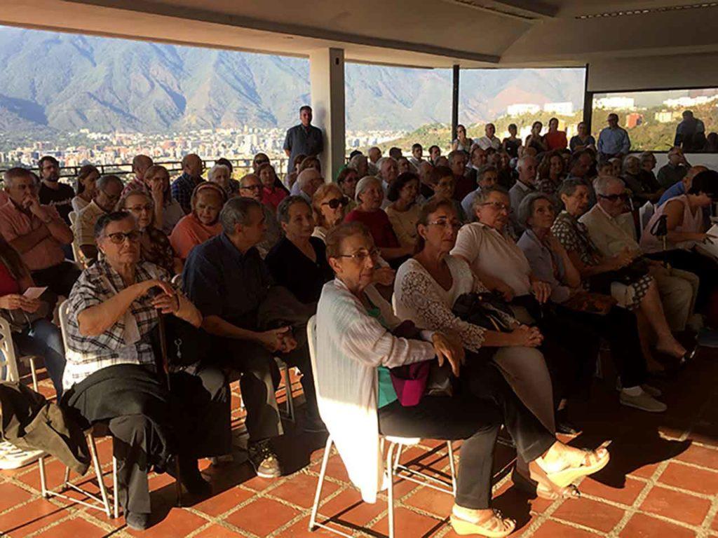 Emigrantes asturianos mayores en América.