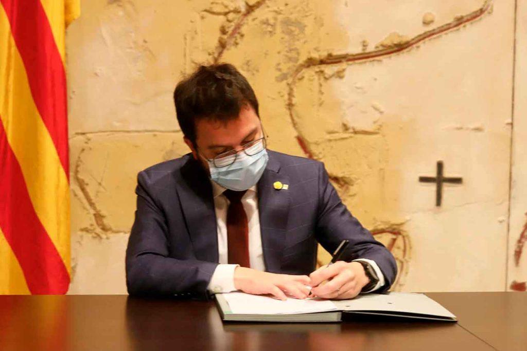 El vicepresident del Govern de la Generalitat, Pere Aragonès, firmó el pasado 15 de enero el decreto de anulación de la convocatoria electoral.