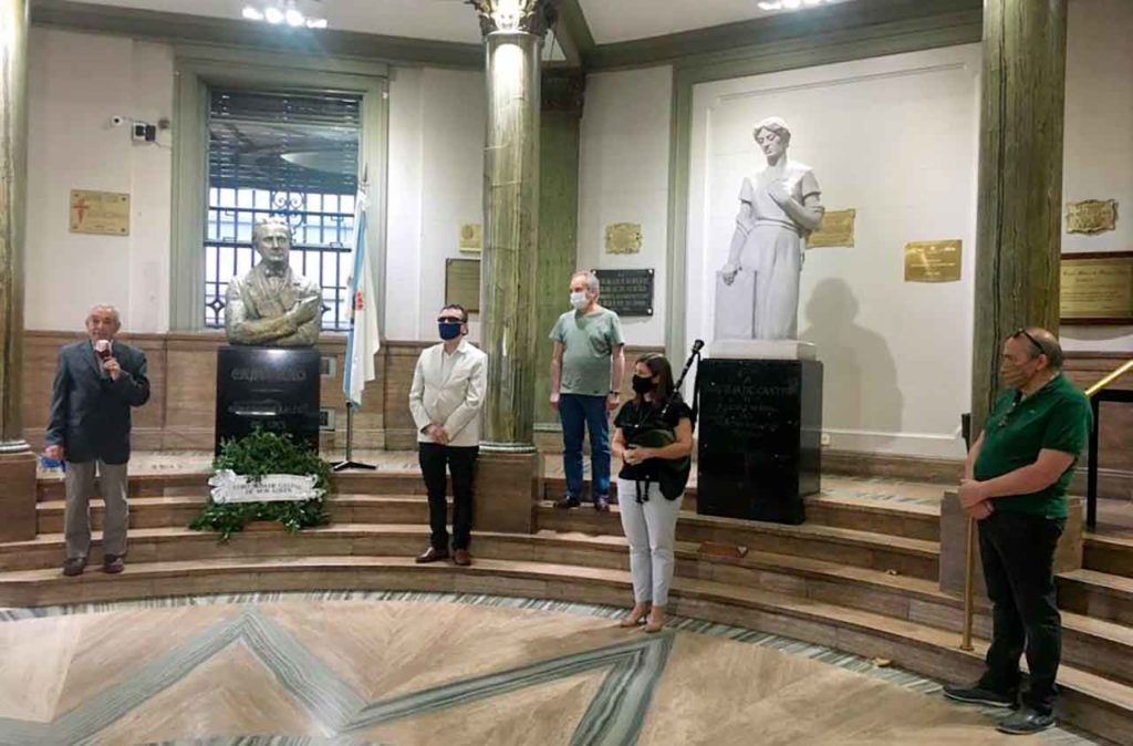Ramón Suárez, José María Vila Alén, Avelino Álvarez, Carina Fragoso y Carlos Ameijeiras en un momento del acto.