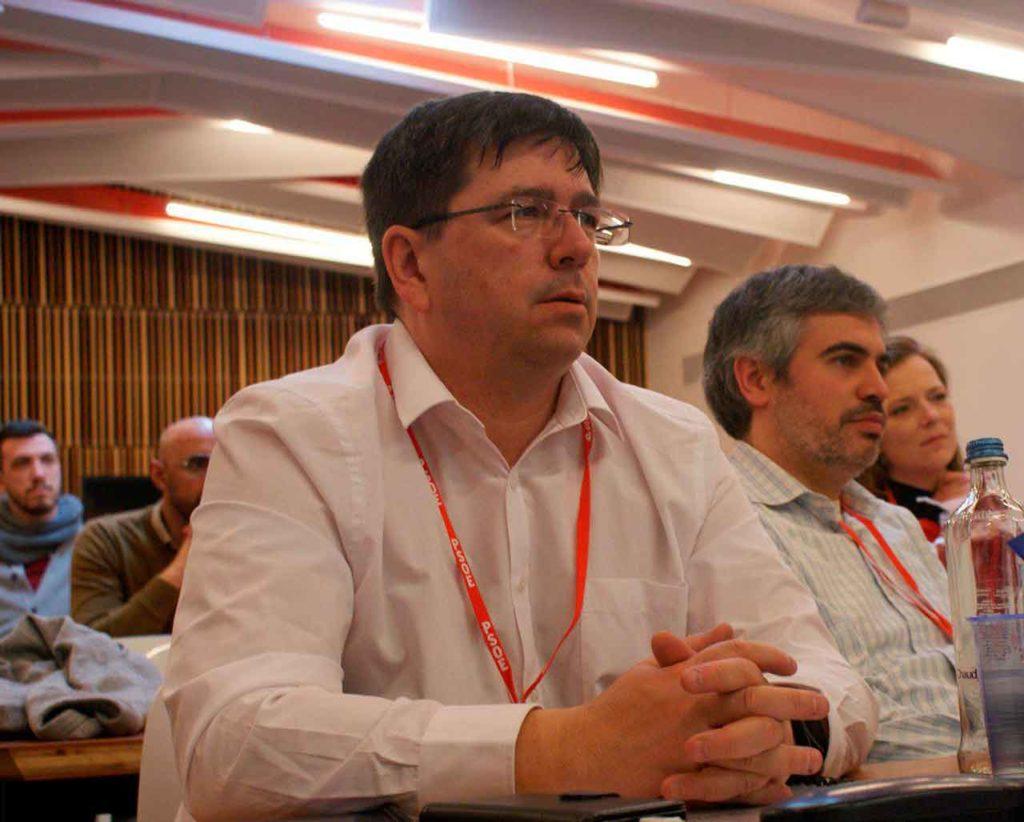 Richard Burton en una reunión del PSOE Europa.