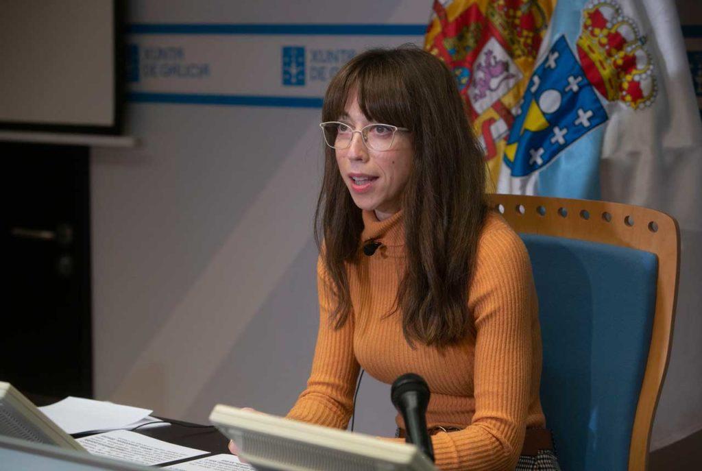 La directora xeral de Formación e Colocación, Zeltia Lado, durante su valoración de los datos del paro registrado.