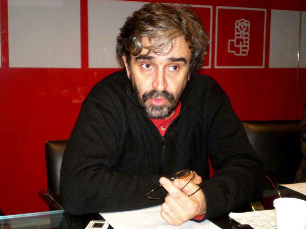 Gustavo López Pardo.