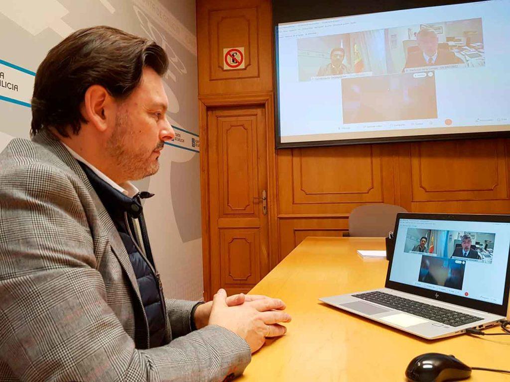 El secretario xeral da Emigración, durante la videoconferencia.