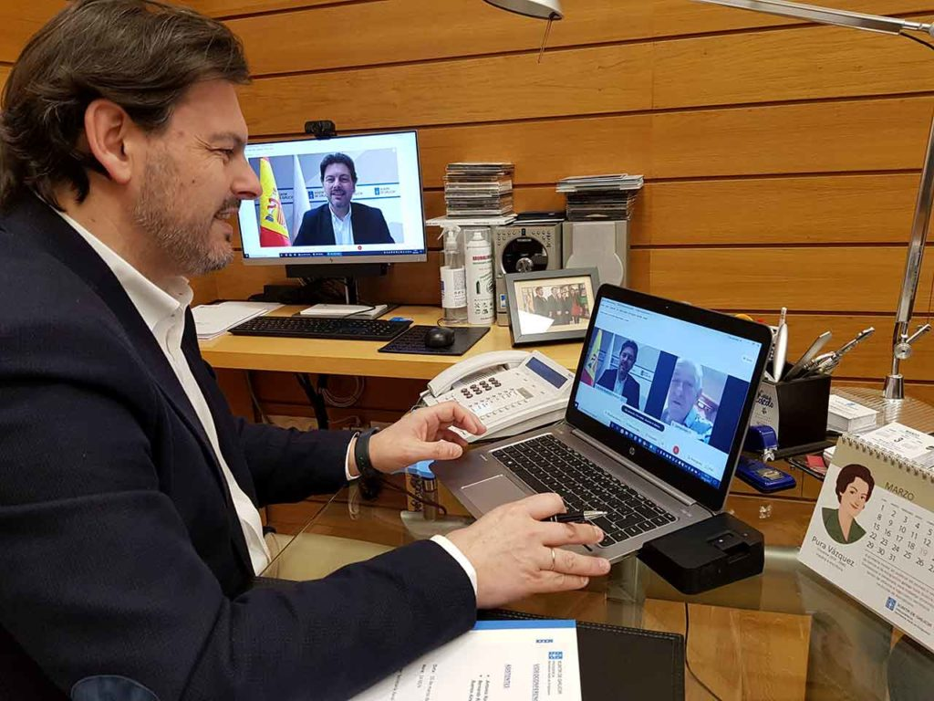 Antonio Rodríguez Miranda durante la videoconferencia con Bernardo Rey.