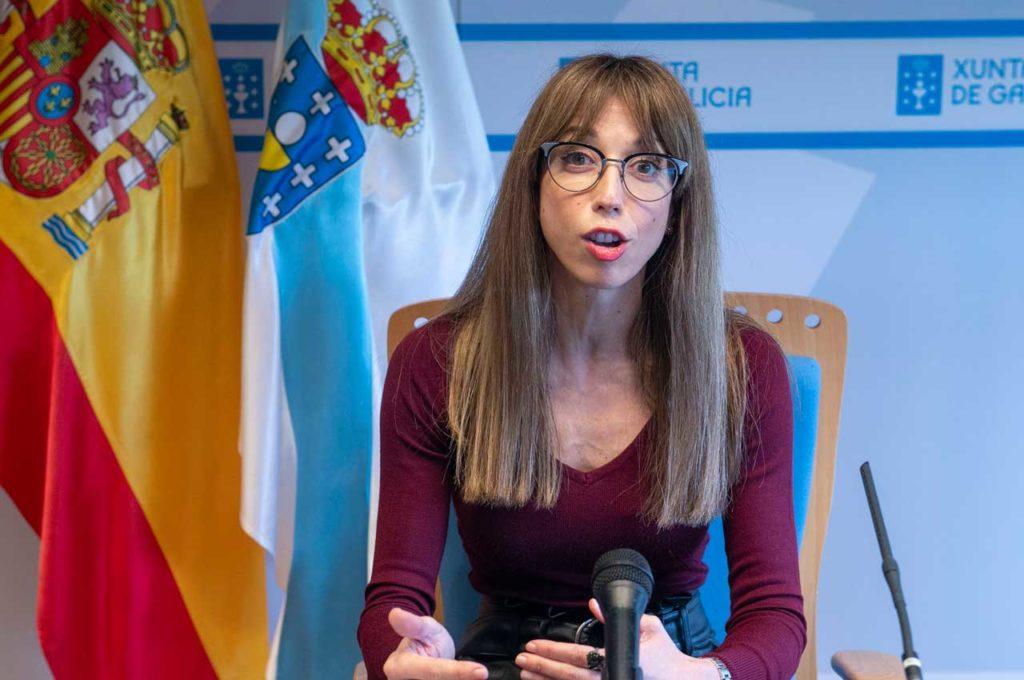 La directora xeral de Formación e Colocación, Zeltia Lado, durante su comparecencia.