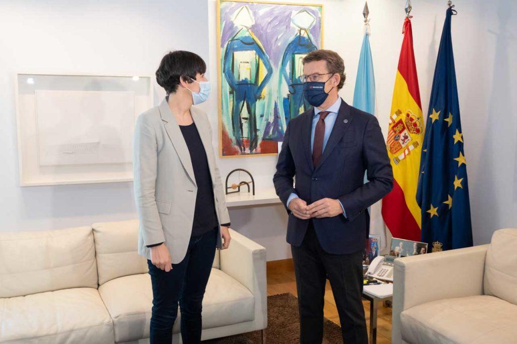 Núñez Feijóo con la líder de la oposición, Ana Pontón (BNG).