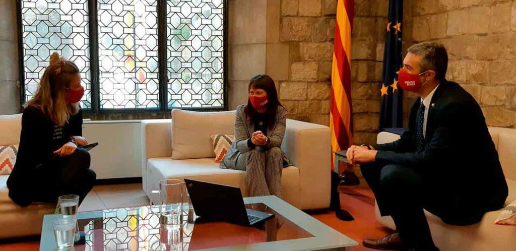 La secretaria de Acción Exterior y de la Unión Europea, Elisabet Nebreda, la secretaria general de DIPLOCAT, Laura Forastero y el conseller de Acción Exterior, Relaciones Institucionales y Transparencia, Bernat Solé.
