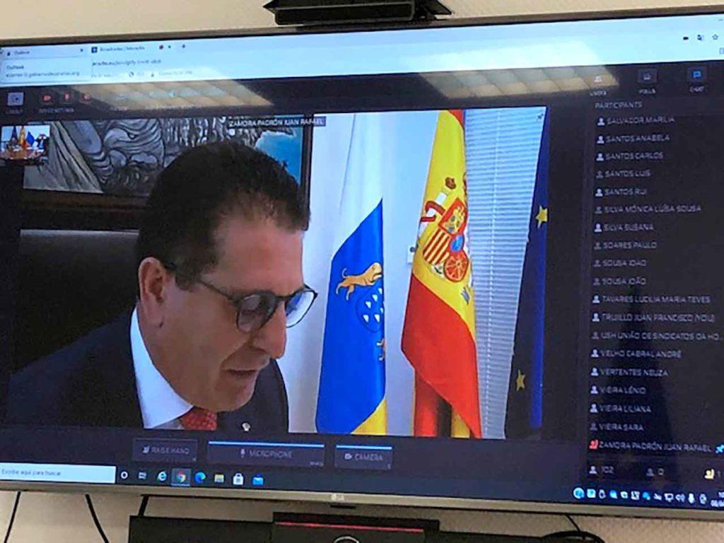 El viceconsejero Juan Rafael Zamora en un momento del encuentro telemático.