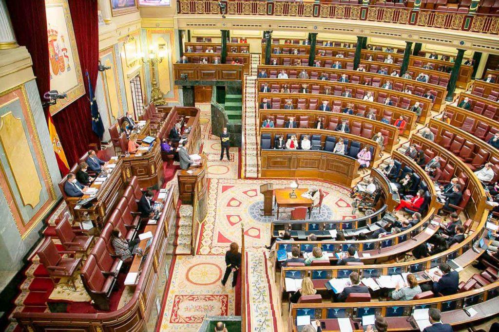 Pleno del Congreso celebrado los días 13, 14 y 15 de abril.