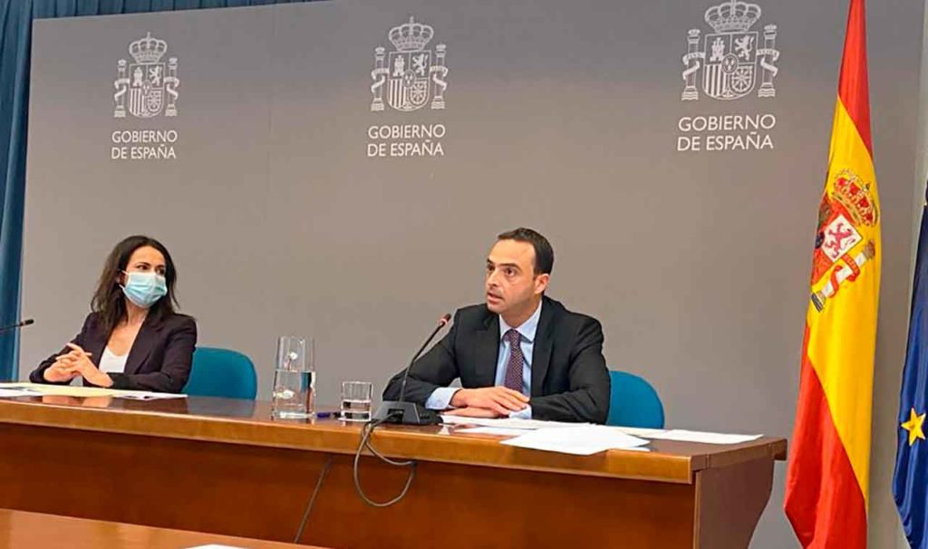 Rueda de prensa de la secretaria de Estado de Sanidad, Silvia Calzón y del secretario general de Salud Digital, Alfredo González.