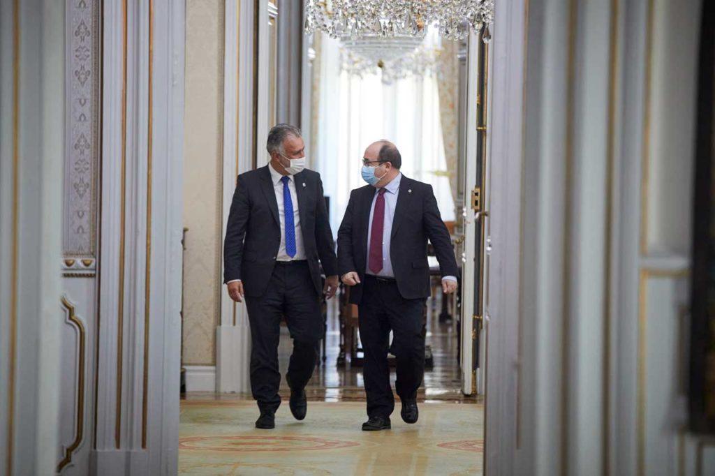 El presidente de Canarias, Ángel Víctor Torres, se reunió en Madrid con el ministro de Política Territorial y Función Pública, Miquel Iceta.
