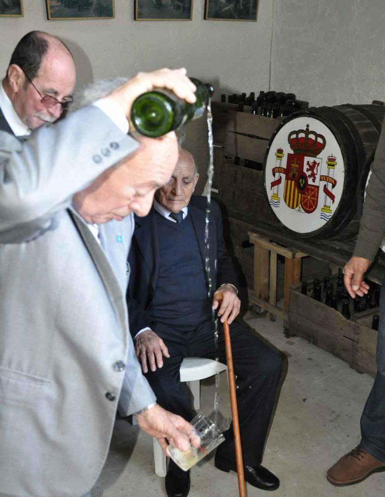 Celebración en un centro asturiano en el exterior.