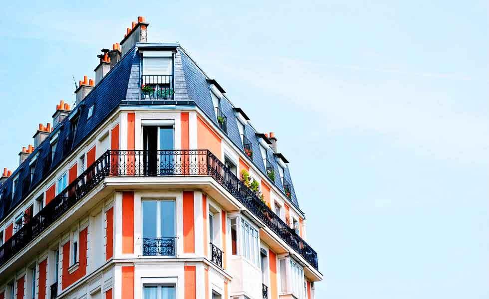 Los residentes en el extranjero buscan mayoritariamente viviendas en venta.