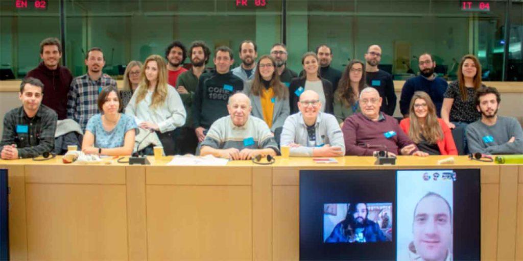 Asamblea de IU Exterior.