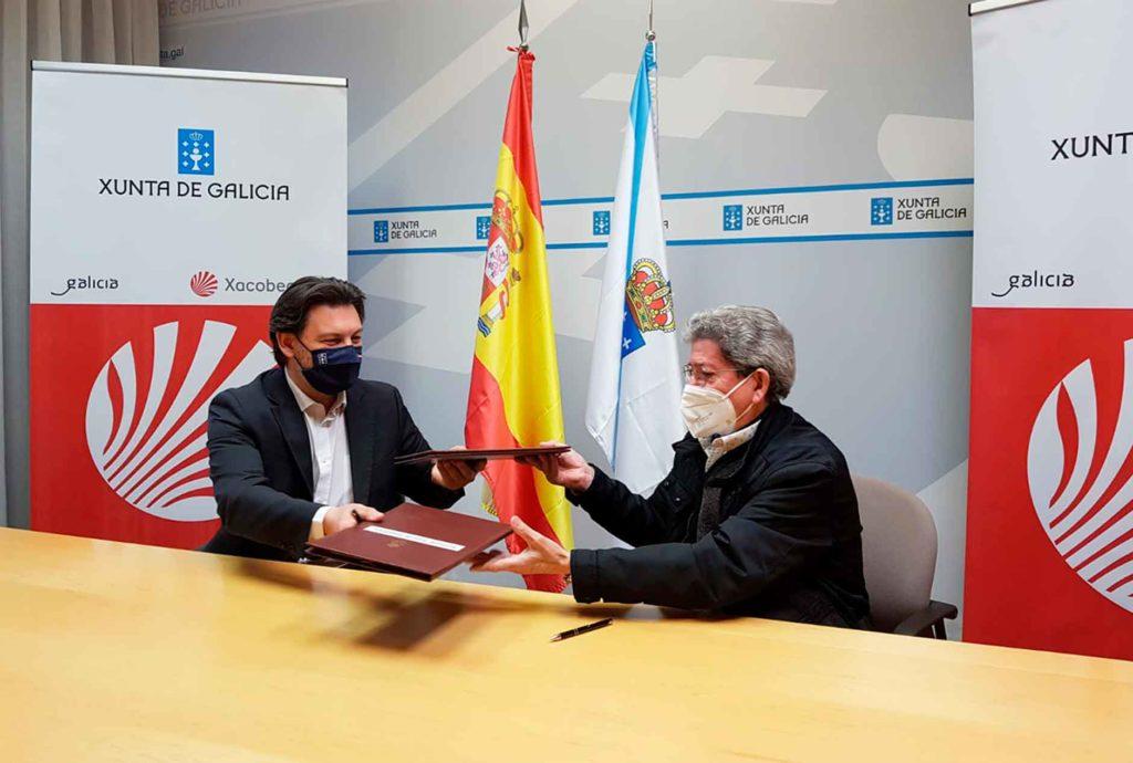 Antonio Rodríguez Miranda y Celso Domínguez Búa, durante la firma del convenio.