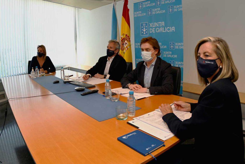 Los dirigentes de la Xunta en un momento del encuentro.