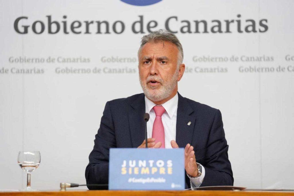 El presidente de Canarias, Ángel Víctor Torres, durante la rueda de prensa sobre las medidas.