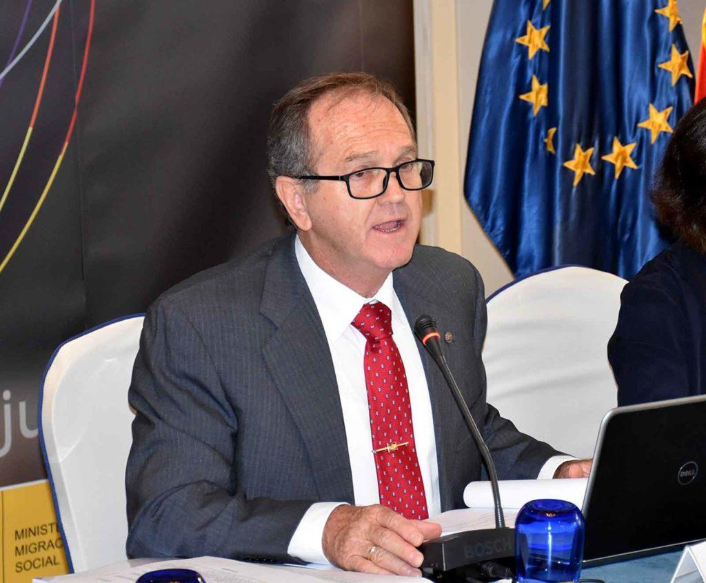El presidente del CGCEE, Eduardo Dizy, en la última reunión que celebró este órgano en junio de 2018.