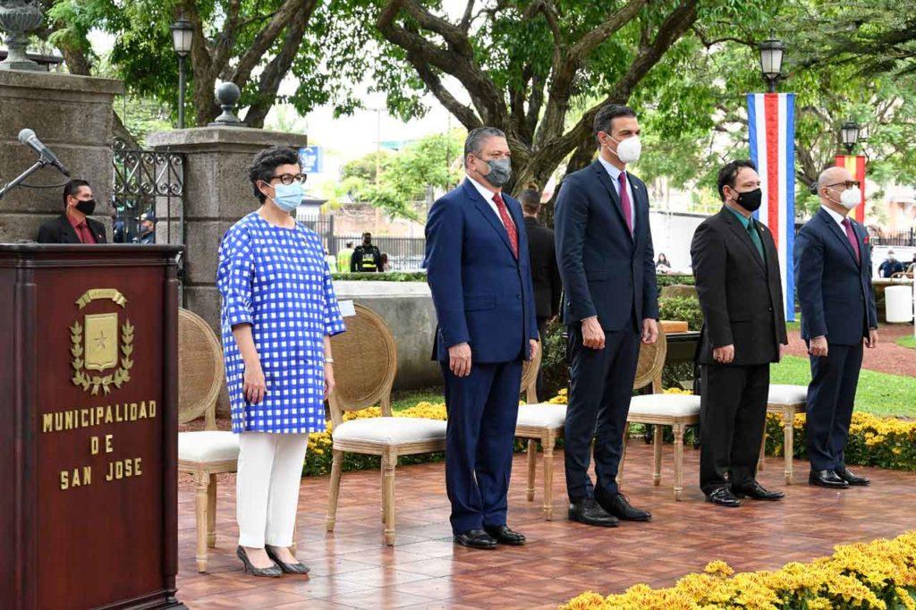 Acto de entrega de llaves la ciudad de San José de Costa Rica al presidente Pedro Sánchez.