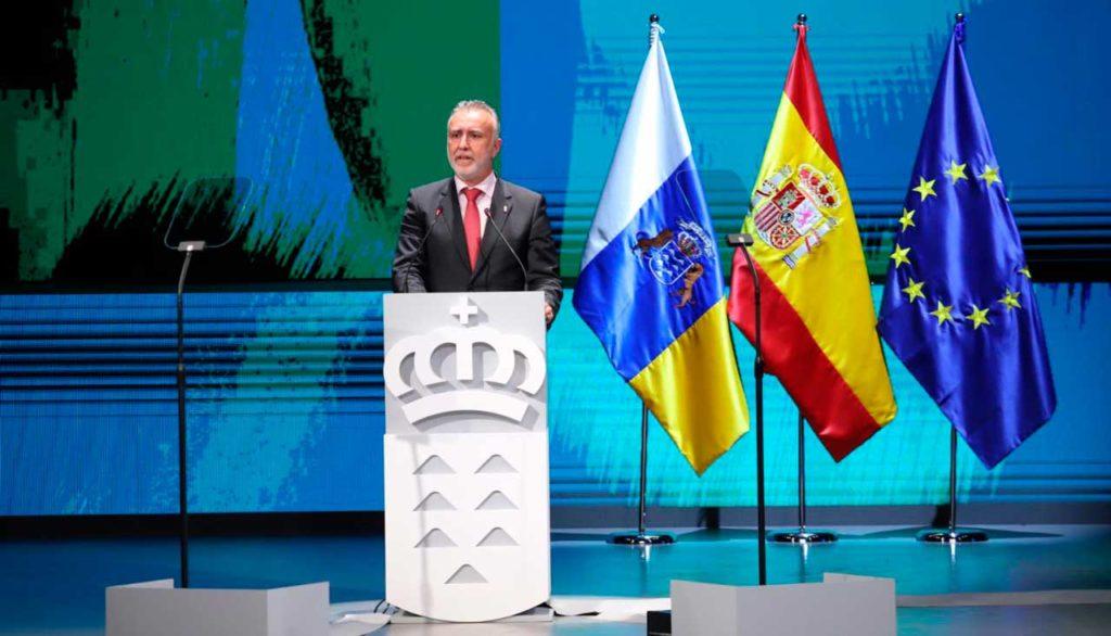El presidente de Canarias, Ángel Víctor Torres, durante su discurso en el acto institucional del Día de Canarias.