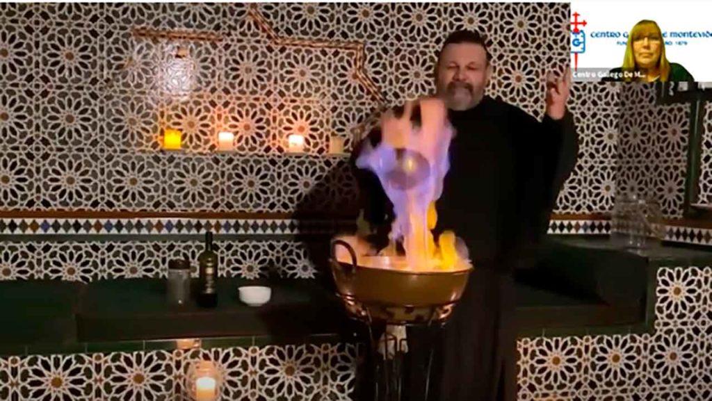 Echenique preparando la queimada.